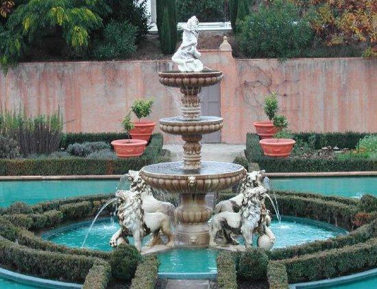 the italian renaissance garden in the hamilton gardens!!!