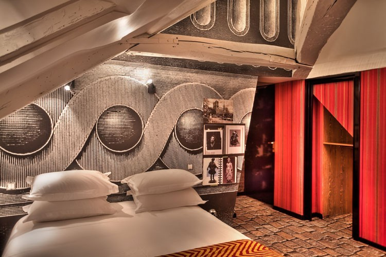 What 39 s up trouvaillesdujour hotel notre dame by Hotel christian lacroix