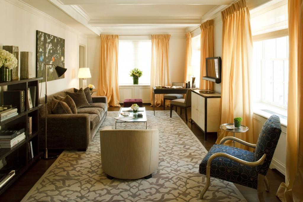 Metropolitan Hotel Room Service