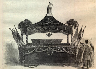Abraham Lincoln's catafalque (from sonofthesouth.net)