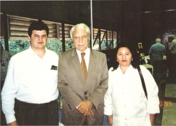 Flávio Madeira com Dr Rios Barroso e Drª Izinete Dir. Inst. Previdencia de Campina Grande Paraíba