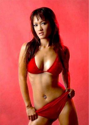 Julia Perez Bugil tapi Telanjang