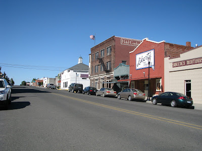 Looking Up Main Street In Condon Right Next To The Hotel Is Liberty Theatre Which I Understand Has Been Red Also A Sweet Small Town