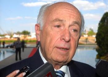Bresser Pereira - O arquiteto do Plano Diretor