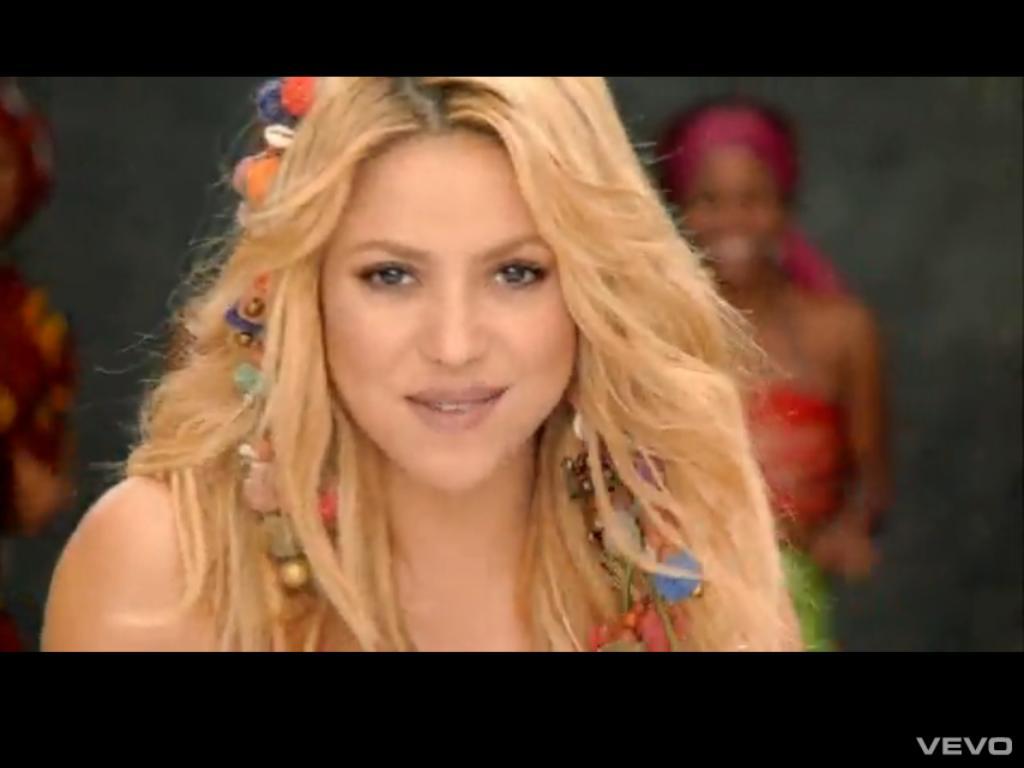 http://4.bp.blogspot.com/_bhJwasVNz5Q/TDC1CW9gyrI/AAAAAAAAAxA/T5IFaBg5NPE/s1600/Shakira.JPG