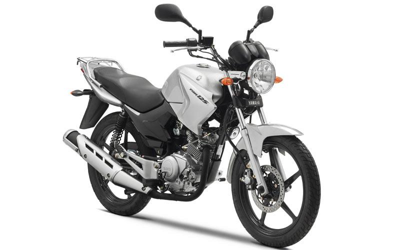 Yeni başlayanlar için Honda CBF 150 mi, Yamaha YBR 125 mi?