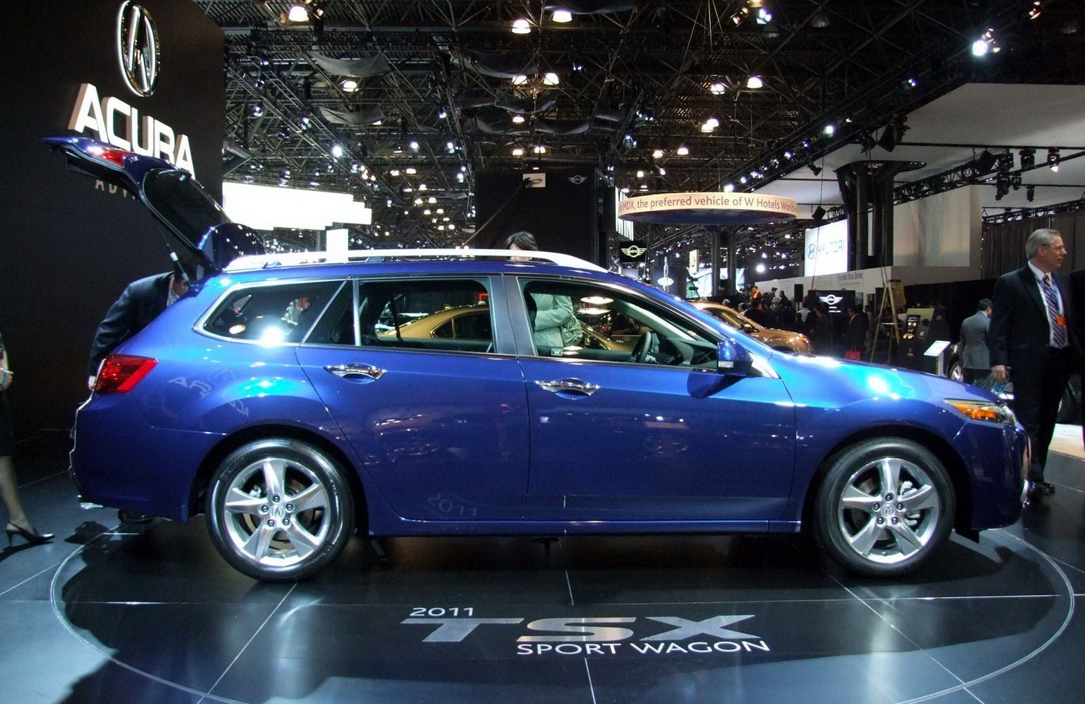 world concept cars 2011 acura tsx sport wagon. Black Bedroom Furniture Sets. Home Design Ideas