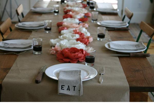 Paper+flower+table+runner