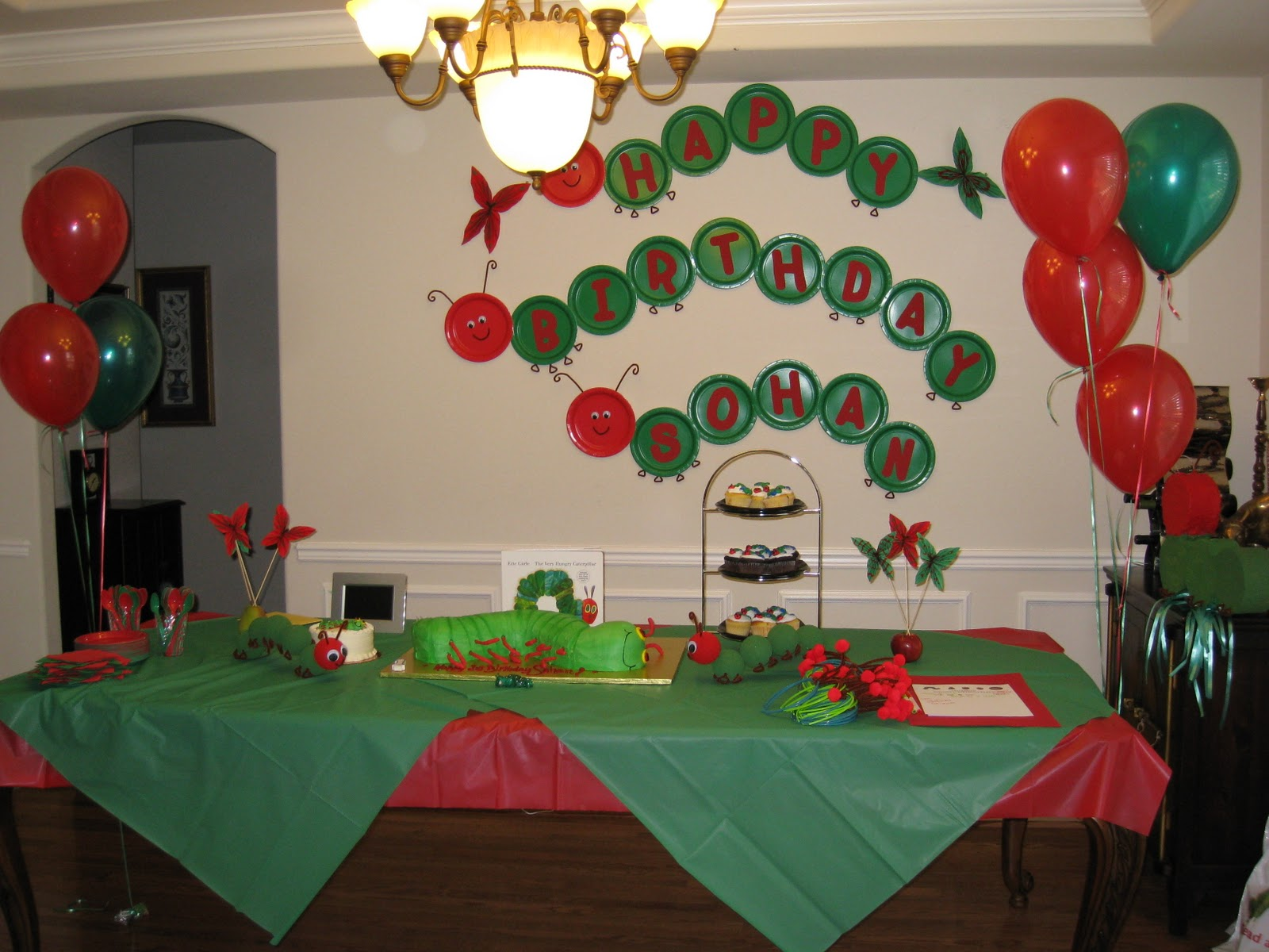 I made a custom caterpillar banner from paper plates craft foam and pipe cleaners. & The Party Wall: Very Hungry Caterpillar Party