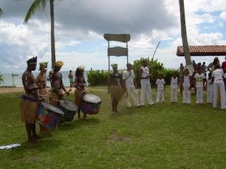 Apresentaçao de Capoeira e do Grupo Tinharé