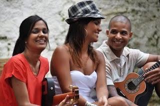 Samba,verão e turistas