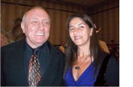 Andrea Suárez junto a Richard Bandler en Méjico