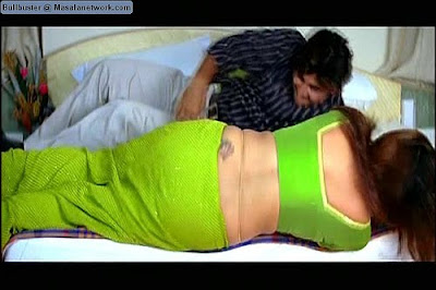 Aunty back in saree being raped