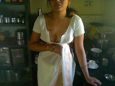 Indian wife white saree with white blouse