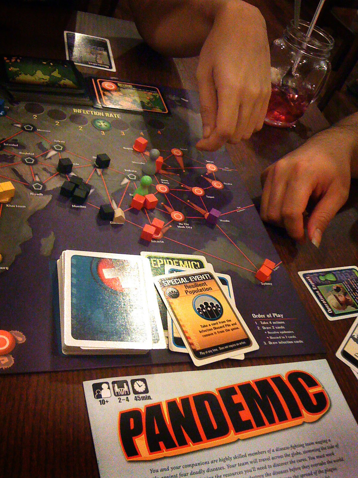 how to play pandemic with 2 players
