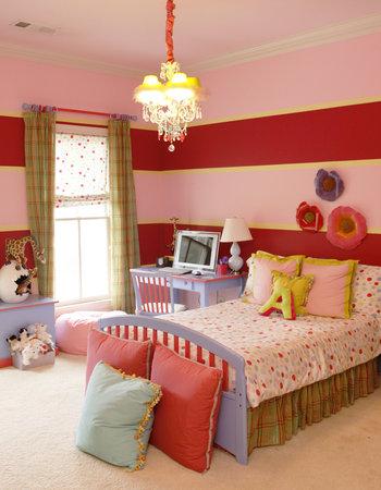 Real housewives of atlanta kim zolciak at home for Rooms to go kids atlanta