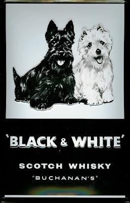 http://4.bp.blogspot.com/_boF50CMWwVE/R87Lzn-dBXI/AAAAAAAAGZo/21PPaV-nat0/s400/D175_Black_n_White_Whisky.jpg