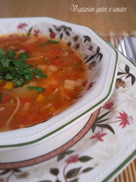 Articole culinare : CIORBA DE RORII - SOPA DE TOMATE (agria)