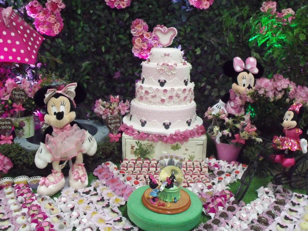 bolo inspirado na ideia original da cake designer Maria Iraildes)