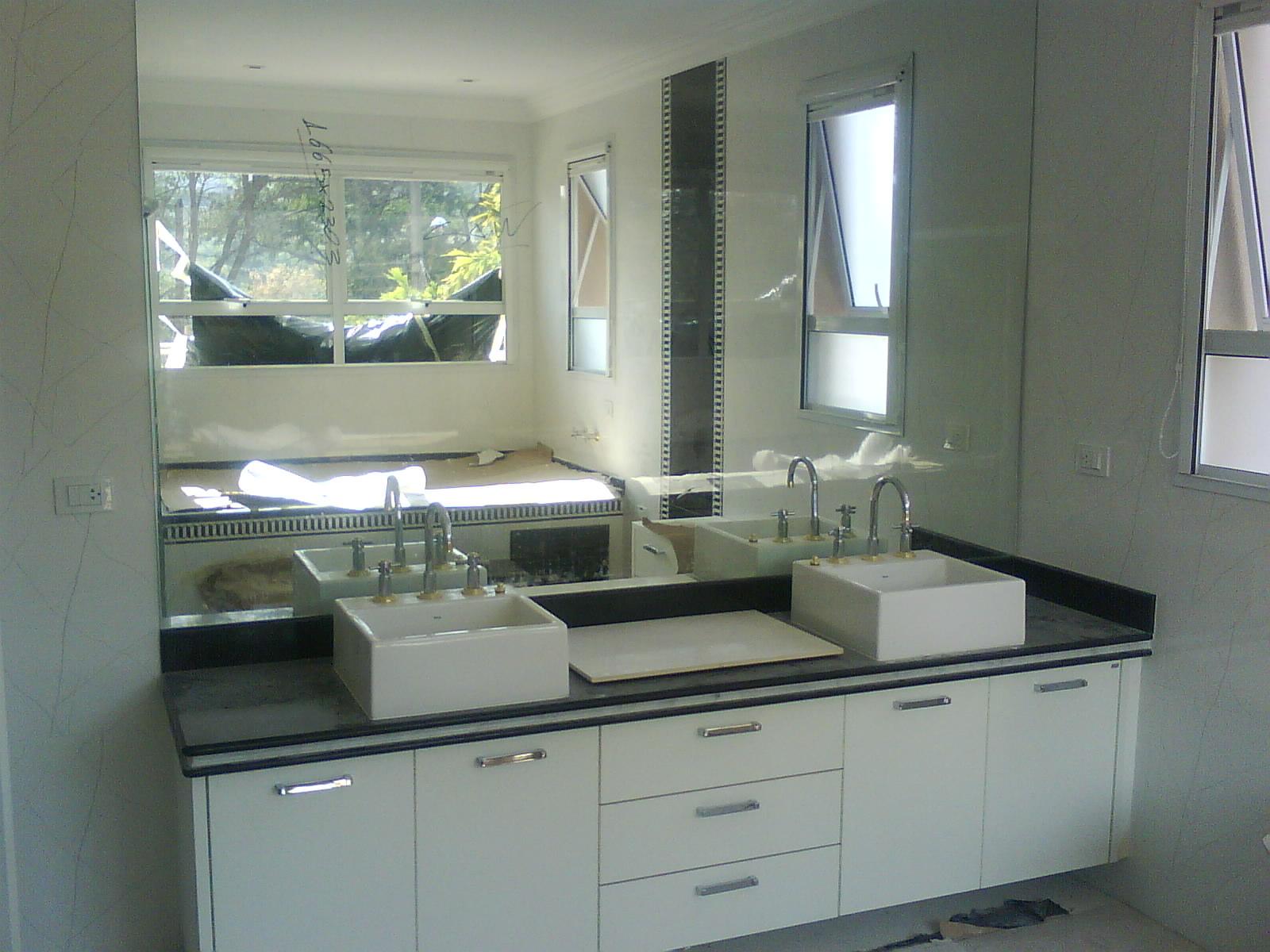 #556076 VIPaulo Vidros e Box: sacadas divisória para banheiras espelhos  1452 Sos Do Alumínio Portas Janelas E Box Belo Horizonte Mg