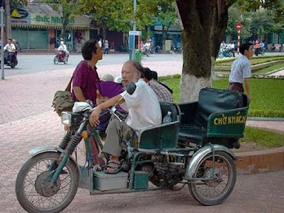 Unusual taxi around the world 23