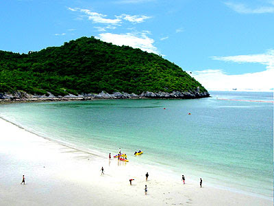 Tour in Thailand: Ko Si Chang...