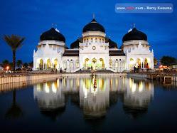mesjid Raya Baiturrahman B.Aceh
