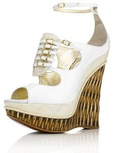 jonathan kelsey bamboo wedge shoes