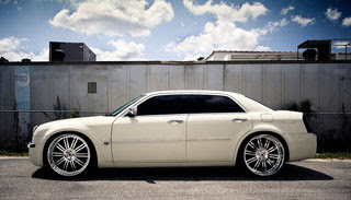 2006 Chrysler 300C Photography by Webb Bland 3