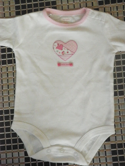 P004 (size:3 month / 9month)