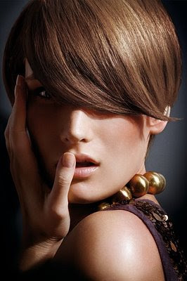 Latest Fashion Hairstyles , Long Hairstyle 2011, Hairstyle 2011, New Long Hairstyle 2011, Celebrity Long Hairstyles 2015