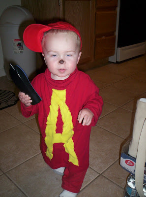 6 Nuts in a Nutshell: Best Homemade Halloween Costumes!