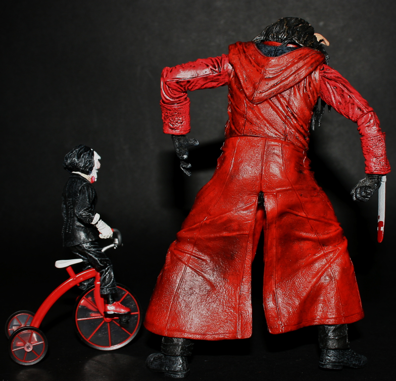 Jigsaw Killer Features Puppet And Tricycle (Neca