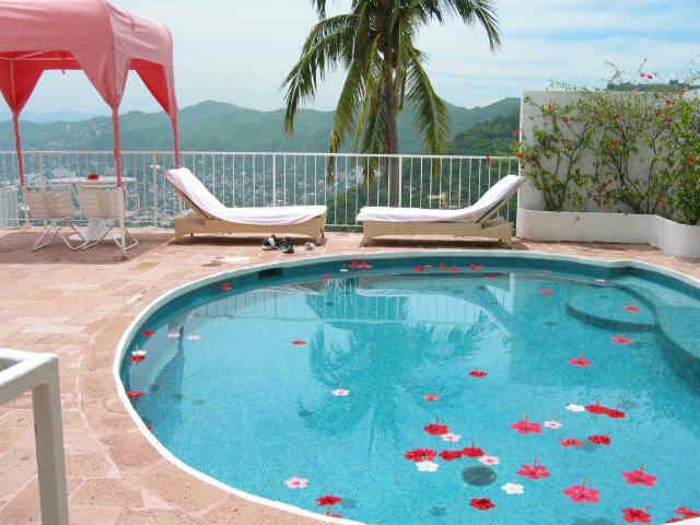 Acapulco Beach Resort Hotel Kyrenia