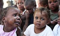 http://4.bp.blogspot.com/_c129GuXMFKA/TO7YBASeCMI/AAAAAAAAADo/EJOzWJklX6c/s1600/ninos_haiti.jpg