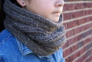 Dog Cowl Knitting Pattern : The Speckled Dog: Chunky Ribbed Cowl - A Knitting Pattern