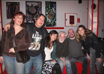 Con la poeta Sagrario,Bolo,Kostas,julio y amigas