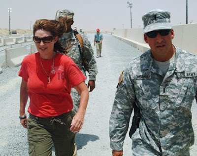 Sarah-Palin-in-Kuwait--200808-photo-unknown.jpg