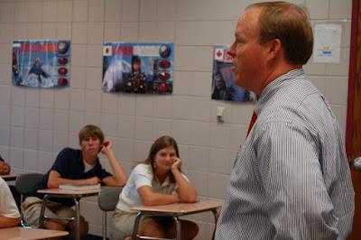 Mayor's Assistant Jeff Downes '85 Speaks to Senior Economics Class 1
