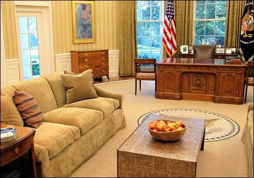 inside the oval office. Http://www.amazingonly.com/amazing/inside-the-oval-office-interior-design/ Inside The Oval Office