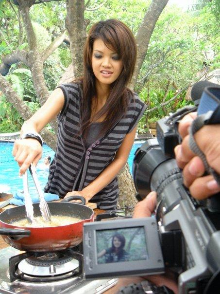 Untuk anak perempuan permainan perempuan memasak today sara bawang