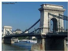 DESAFIO NOVEMBRO (4) -Em que capital europeia podemos fotografar esta ponte?