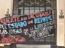 Protesta en casa de gobierno de Oaxaca en DF