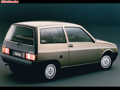 Lancia Y10 1986 with pictures and wallpapers