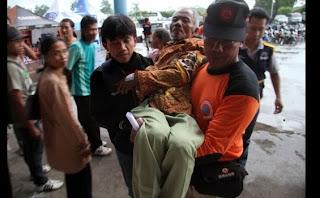 relawan,relawan merapi,relawan bencana