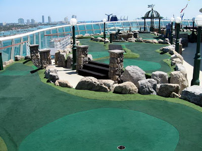 Voyager Of The Seas Mini Golf