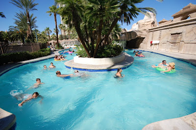 Lazy River Mandalay Bay
