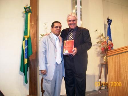 DICIONÁRIO É LANÇADO NA SEDE DA IGREJA MISSIONÁRIA EVANGÉLICA MARANATA - RIO DE JANEIRO