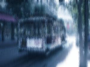 ImageMagickで青く滲んだ感じに加工した画像