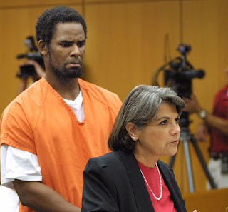 r kelly and his kids  Kelly Trial Update